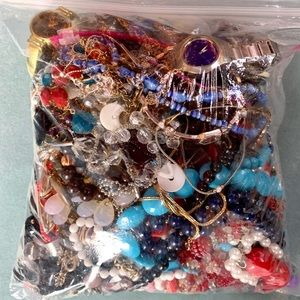 1gl Bag of Nice Old Vintage Wearable Jewelry
